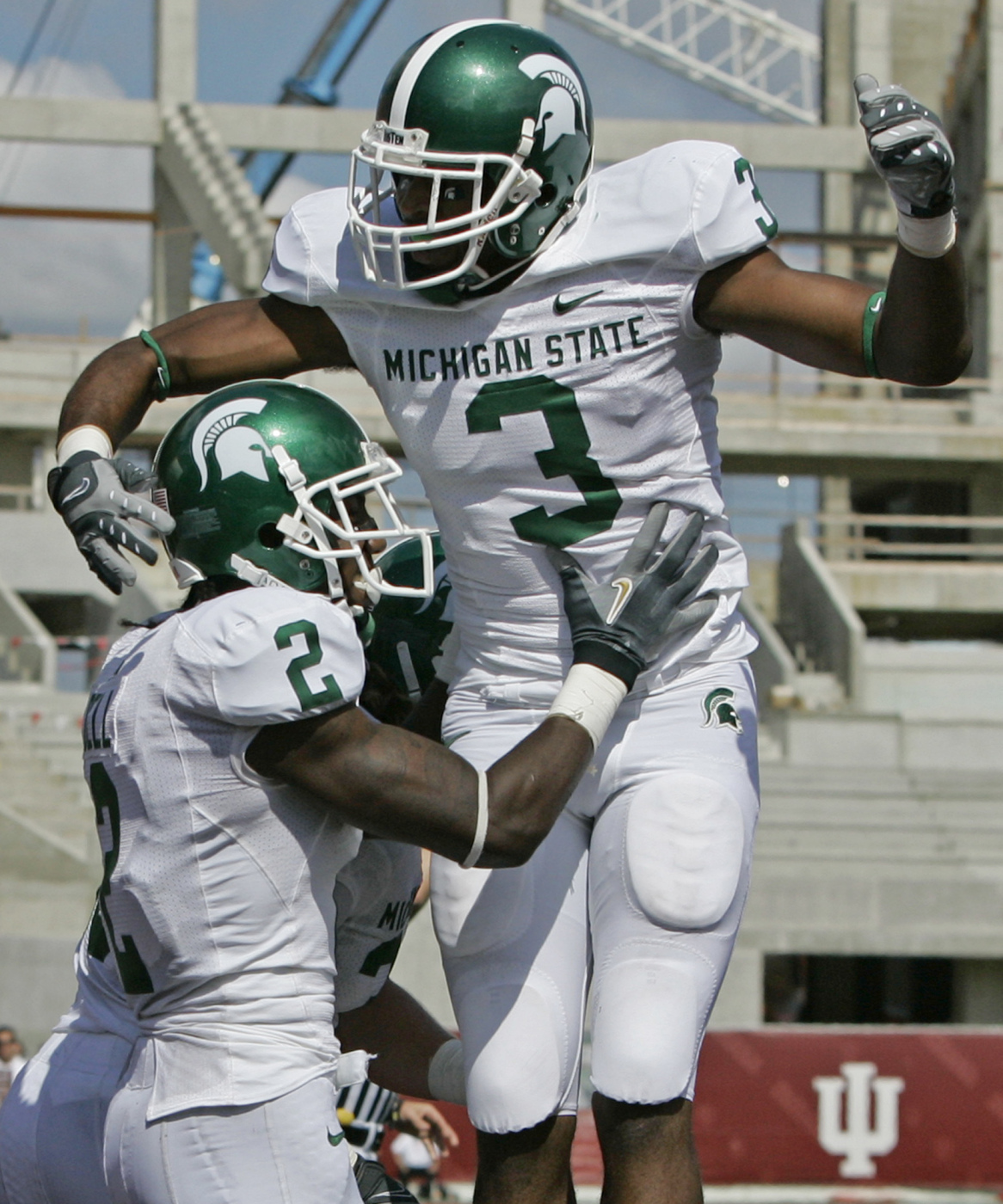 Spartans Top Hoosiers 42 29 On The Road Michigan State University Athletics