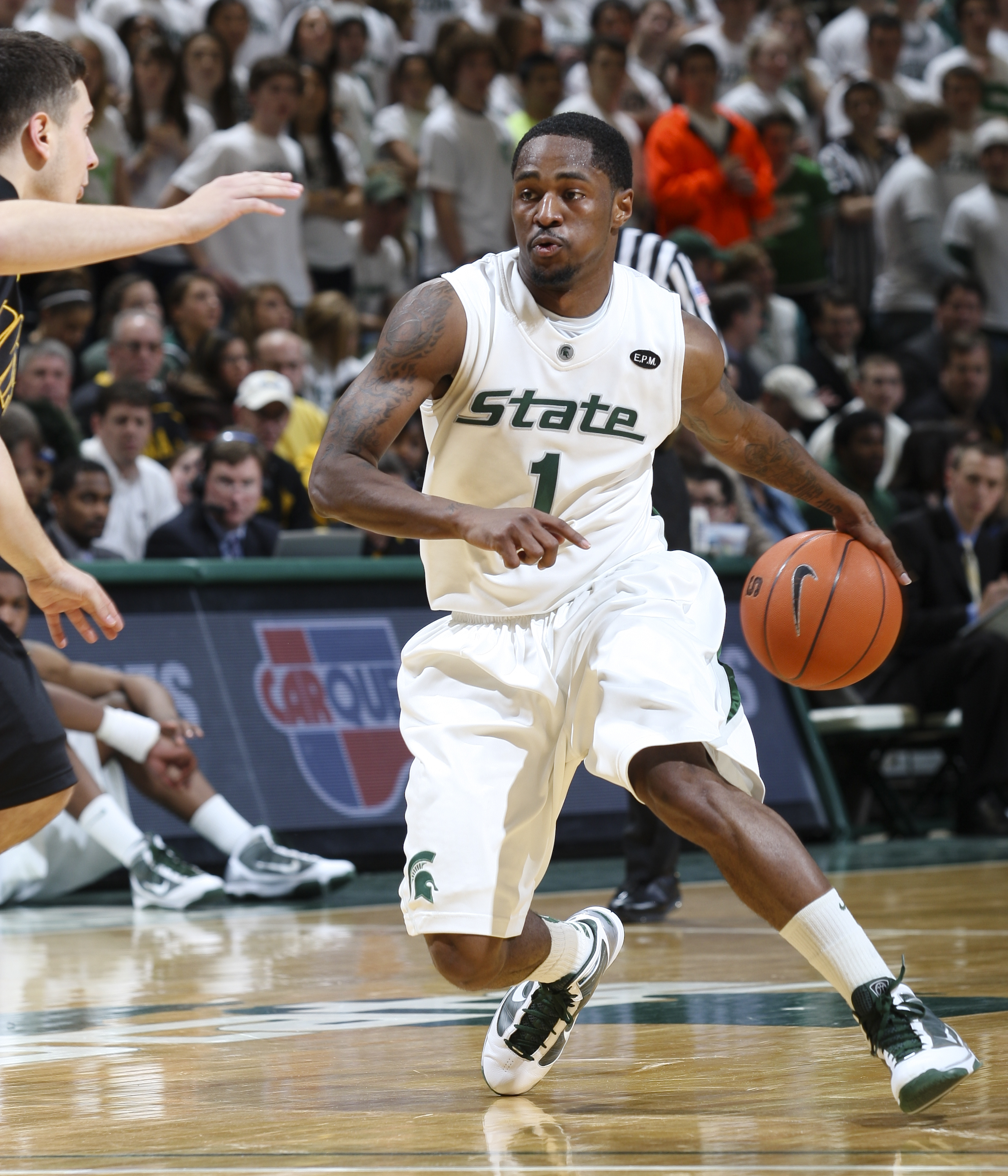 Spartans Complete 2010 11 Men S Basketball Schedule