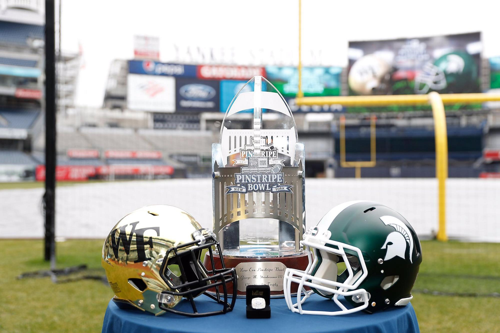 Michigan State Spartans Football Brain Hoyer Champs Sports Bowl 2007 Photo Print